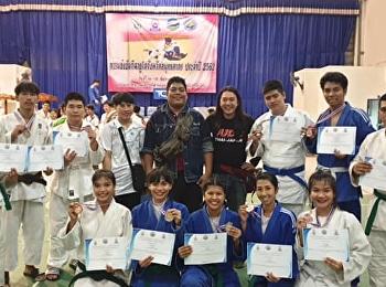 ทัพนักกีฬาสำนักเต่าคะนอง ฉุดไม่อยู่ โกยอีก 10 รางวัล ประเดิมเปิดภาคเรียน 2562