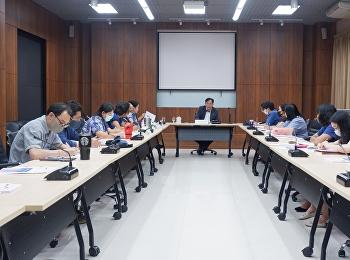 ผู้ช่วยศาสตราจารย์ ดร.ชนนาถ มีนะนันทน์ รองอธิการบดีฝ่ายกิจการนักศึกษา ได้เป็นประธานการประชุมคณะกรรมการบริหารกองพัฒนานักศึกษา ครั้งที่ 4/2563